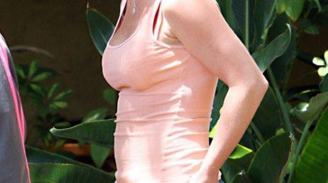 Hot Shots: Britney Arrives At Recording Studio