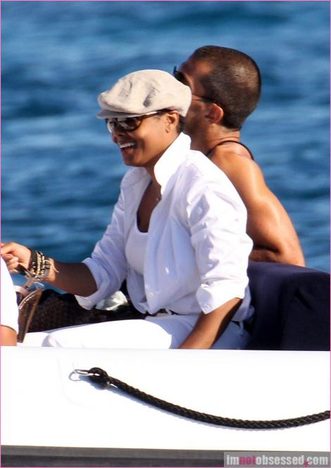 janet wissam 34 Hot Shots: Janet Jackson & New Boyfriend On Holiday