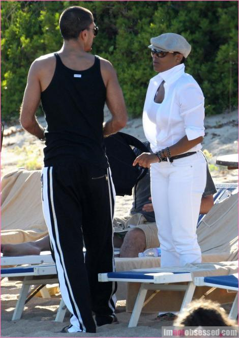 janet wissam 4 Hot Shots: Janet Jackson & New Boyfriend On Holiday