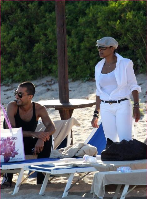 janet wissam e1280790075361 Hot Shots: Janet Jackson & New Boyfriend On Holiday