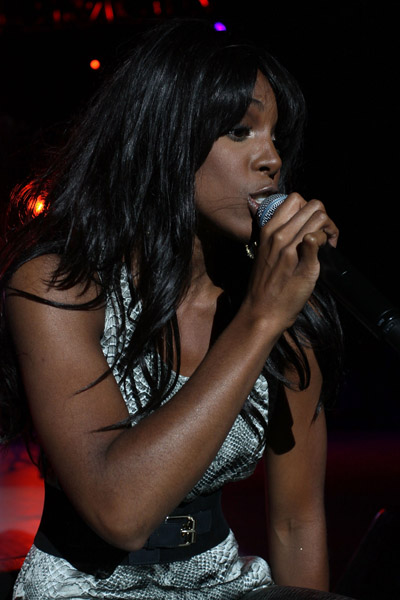 kelly 554 Hot Shots: Kelly Rowland Rocks Beatstock