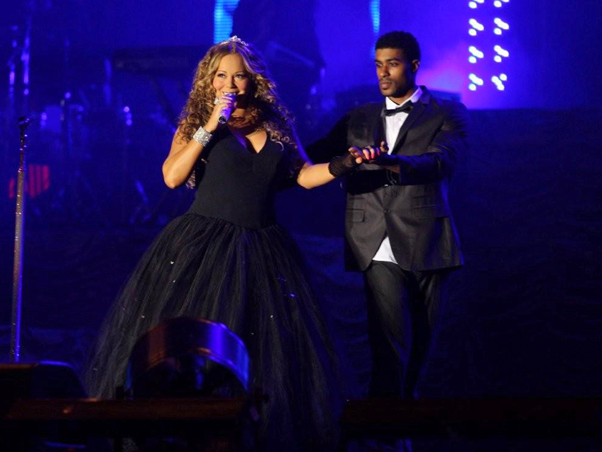 m x Hot Shots: Mariah Performs In Brazil