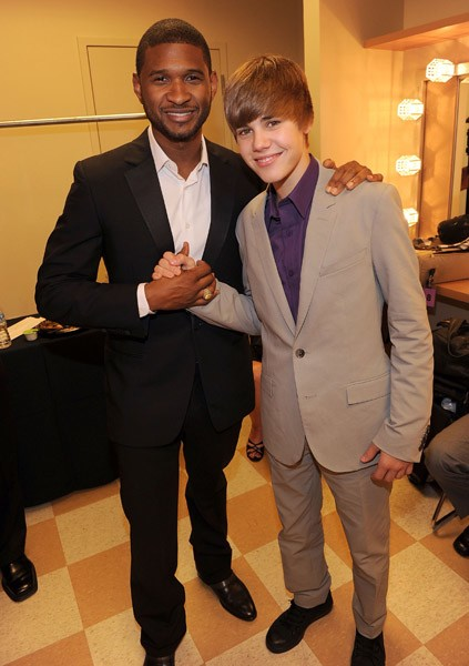 usher bieb Hot Shots: Usher, Ciara, & Justin Bieber At World Leadership Awards