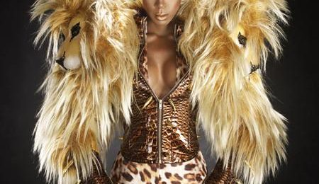 Hot Shots: Kelly Rowland Gets Fierce For YRB