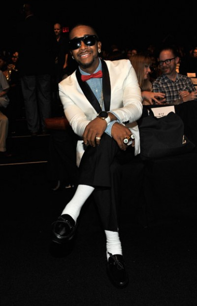 omarion 12 e1284826823778 Hot Shots: Omarion Does Fashion Week
