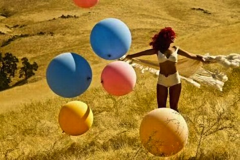 rihannaballs Hot Shot: Rihanna Plays With Balls On the Set Of New Video