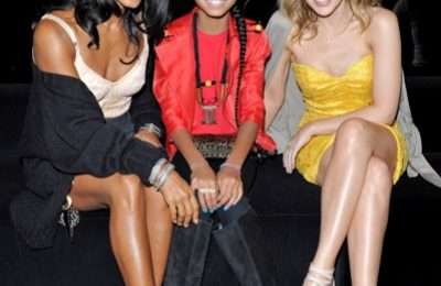Hot Shots: Willow Smith With Naomi Campbell, Kylie Minogue & More