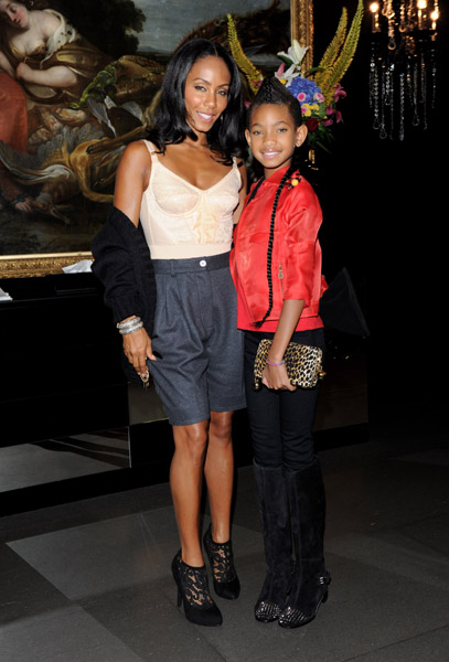 willow mum Hot Shots: Willow Smith With Naomi Campbell, Kylie Minogue & More