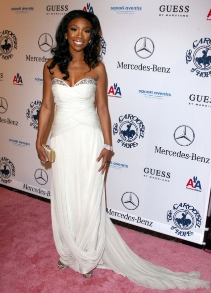 brandy 654 Hot Shots: Stars Come Out For Carousel Gala