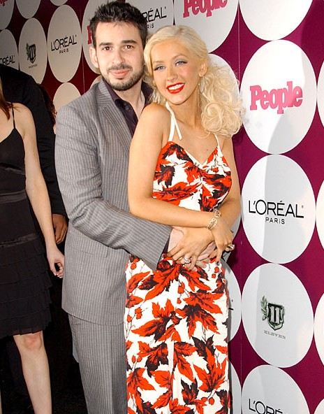 Christina Aguilera Husband images: http://free-stock-illustration.com/christina+aguilera+husband