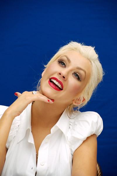 christinaaguilerapress2 Hot Shots: Christina Aguilera Promotes Burlesque