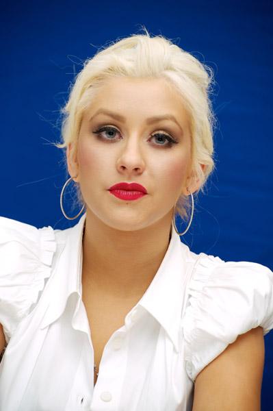 christinaaguilerapress3 Hot Shots: Christina Aguilera Promotes Burlesque
