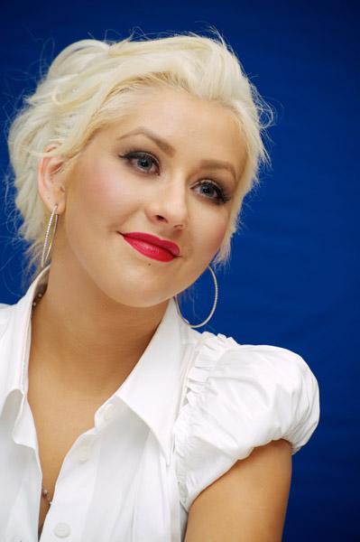 christinaaguilerapress4 Hot Shots: Christina Aguilera Promotes Burlesque