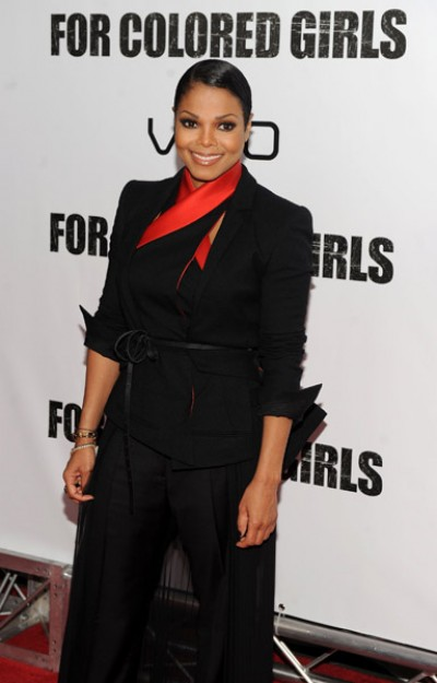 janet fcg e1288098829404 Hot Shots: Janet Jackson At For Colored Girls Première