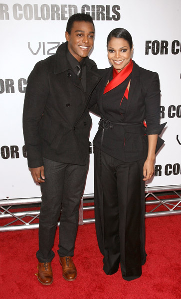 janet fcg5 Hot Shots: Janet Jackson At For Colored Girls Première