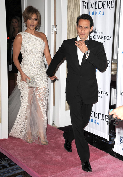 jlo w Hot Shots: Stars Come Out For Carousel Gala