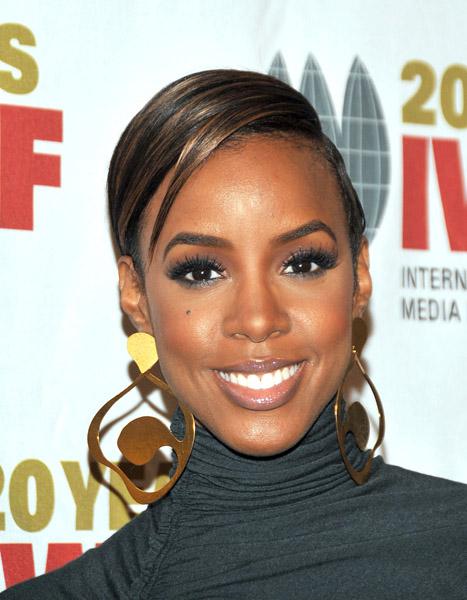 kelly ew Hot Shots: Kelly Rowland At Courage Awards