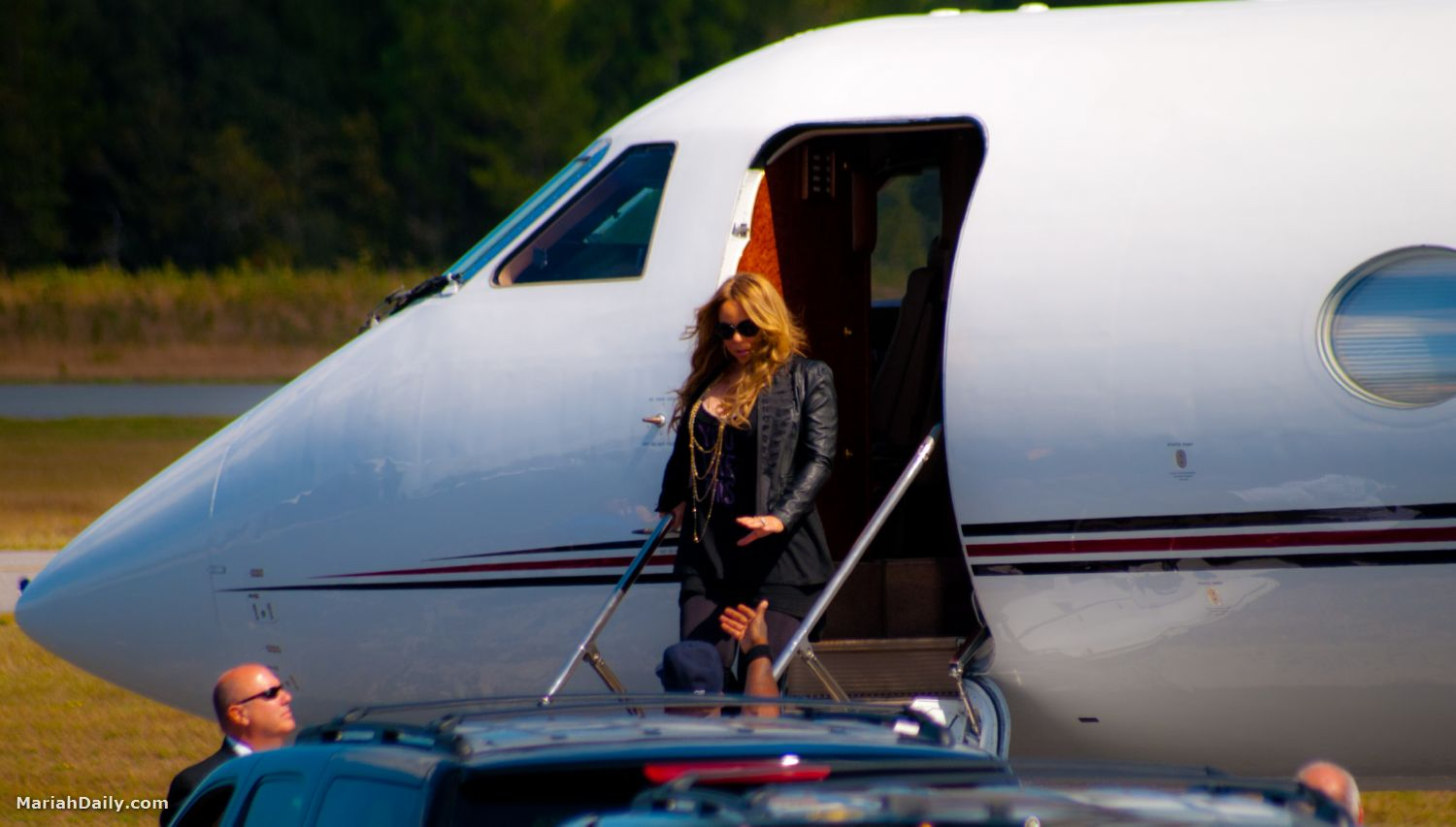 mariah51 Hot Shots: Mariah Carey Arrives In Florida