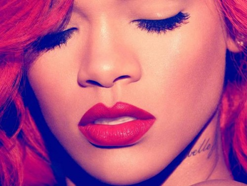 rihanna lp e1288885528153 Snippet: Rihanna   California King Bed