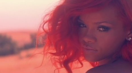 Hot Shots: Rihanna Goes Shopping In Los Angeles