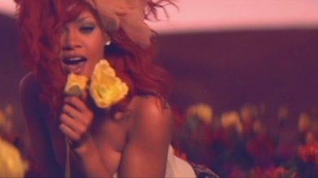 Hot Shot: Rihanna Covers Vogue