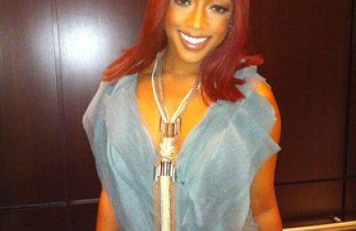 Hot Shot: Trina Debuts New Red Hair