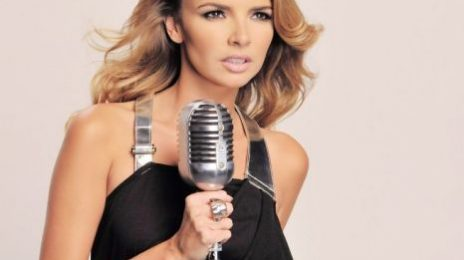 Nadine Coyle Performs 'Insatiable' Acoustically