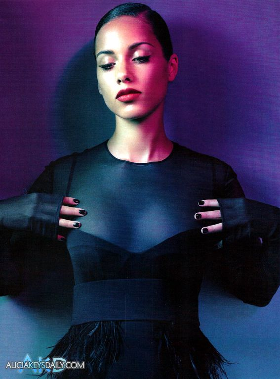 alicia v Hot Shots: Alicia Keys Does Vogue Italia