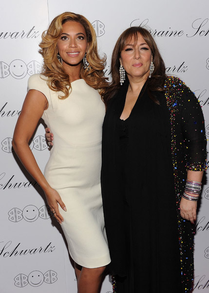beyonce lorraine Hot Shots: Beyonce & Mary J. Blige Attend 2BHAPPY Jewellery Launch