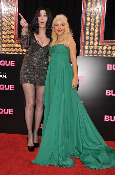 christina1 Hot Shots: Christina Aguilera At Burlesque Premiere