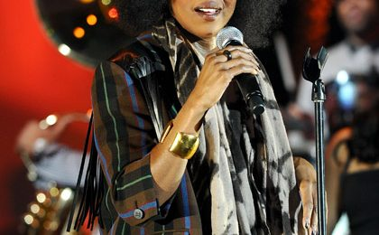 Hot Shots: Lauryn Hill Rocks Parkinson's Benefit Gig