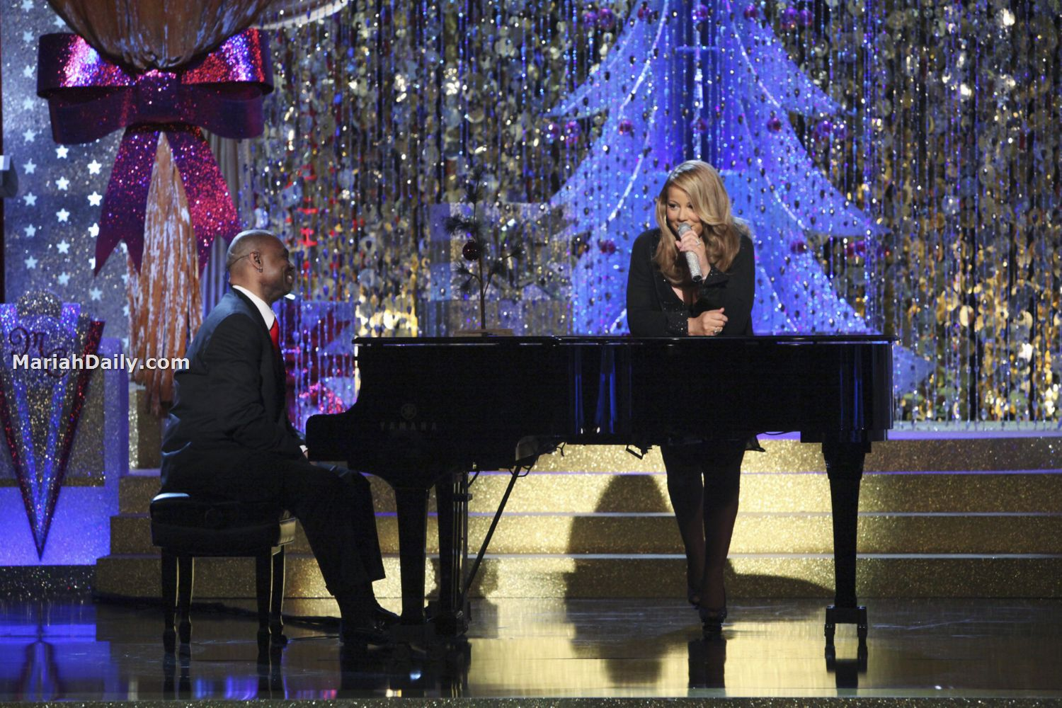 mariah9 Hot Shots: Mariah Carey Dazzles In Christmas Special