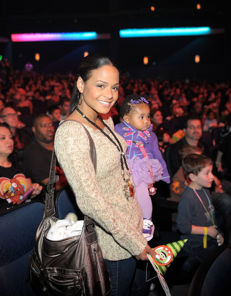 milian baby1 Hot Shots: Milian Treats Daughter To Thanksgiving Day Out