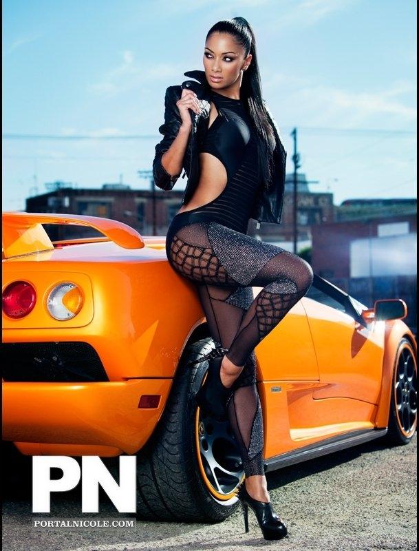 nicole3 Hot Shots: Nicole Scherzinger Poses For Fabulous Magazine