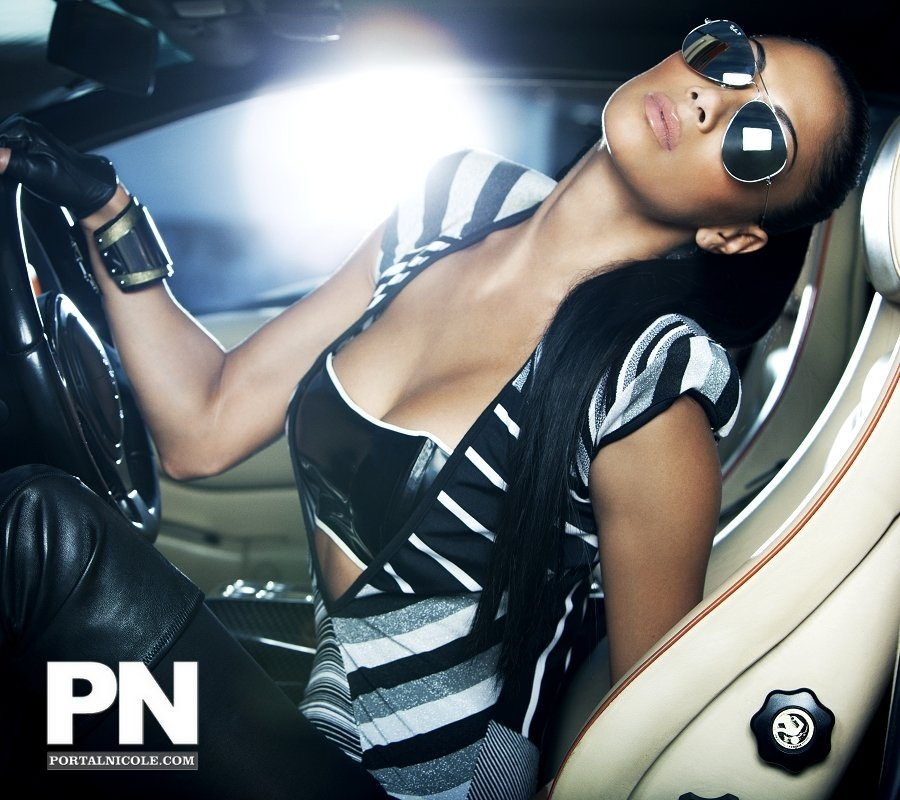 nicole4 Hot Shots: Nicole Scherzinger Poses For Fabulous Magazine