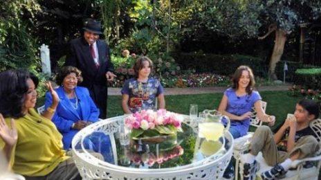Hot Shot: Oprah Visits Michael Jackson's Children