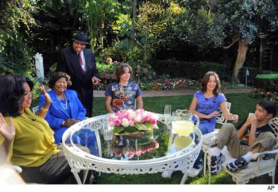 Hot Shot Oprah Visits Michael Jackson S Children That