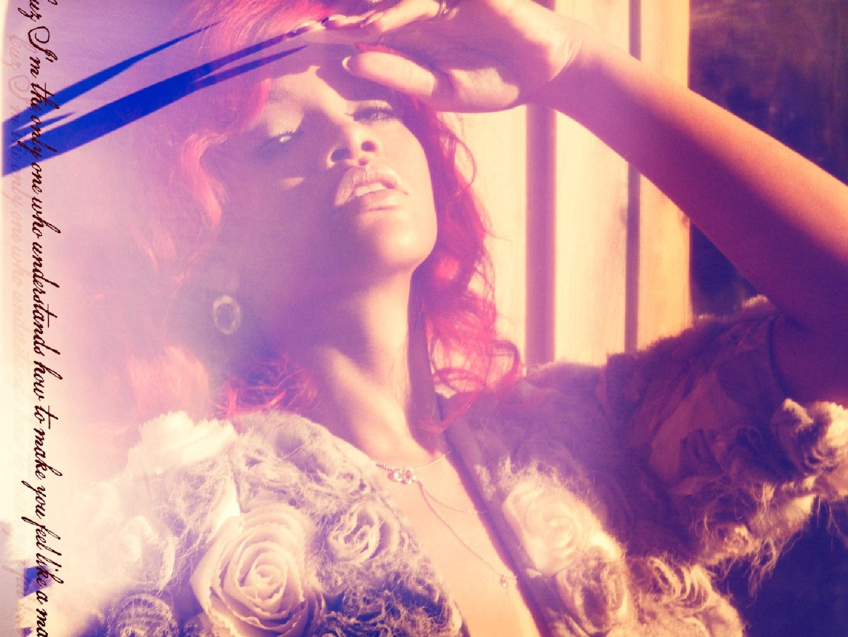 rihanna11 Rihannas Loud Album Unwrapped
