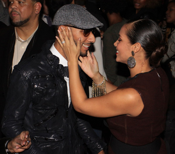 swizz alicia1 Hot Shots: Alicia Keys & Swizz Beats Party IN NYC