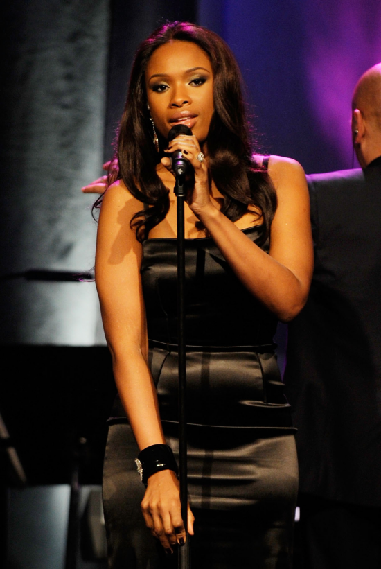 jenniferhudson Hot Shots: Jennifer Hudson Performs In LA