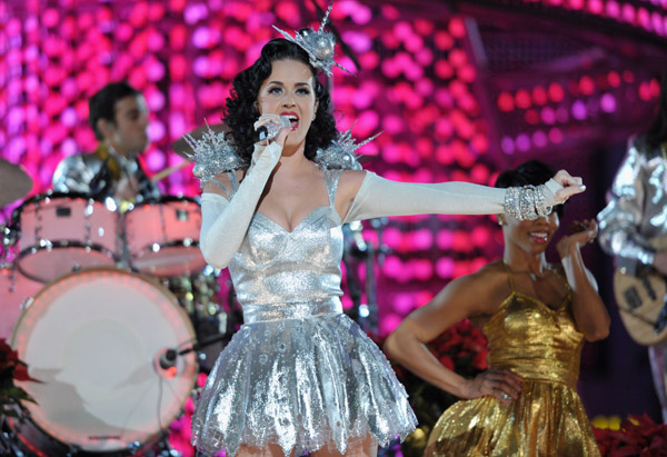 katyperry1 Hot Shots: Katy Perry Sparkles At Grammy Nomination Special