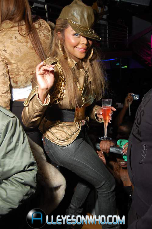 kim 651 Hot Shots: Lil Kim At Club All Stars