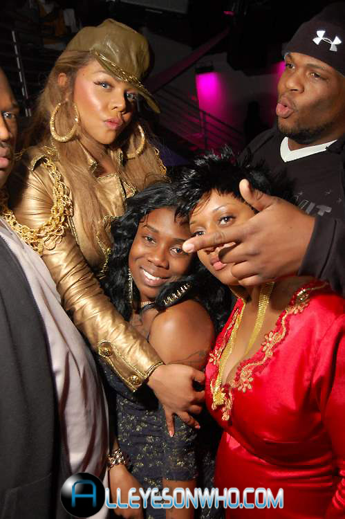 kim j Hot Shots: Lil Kim At Club All Stars