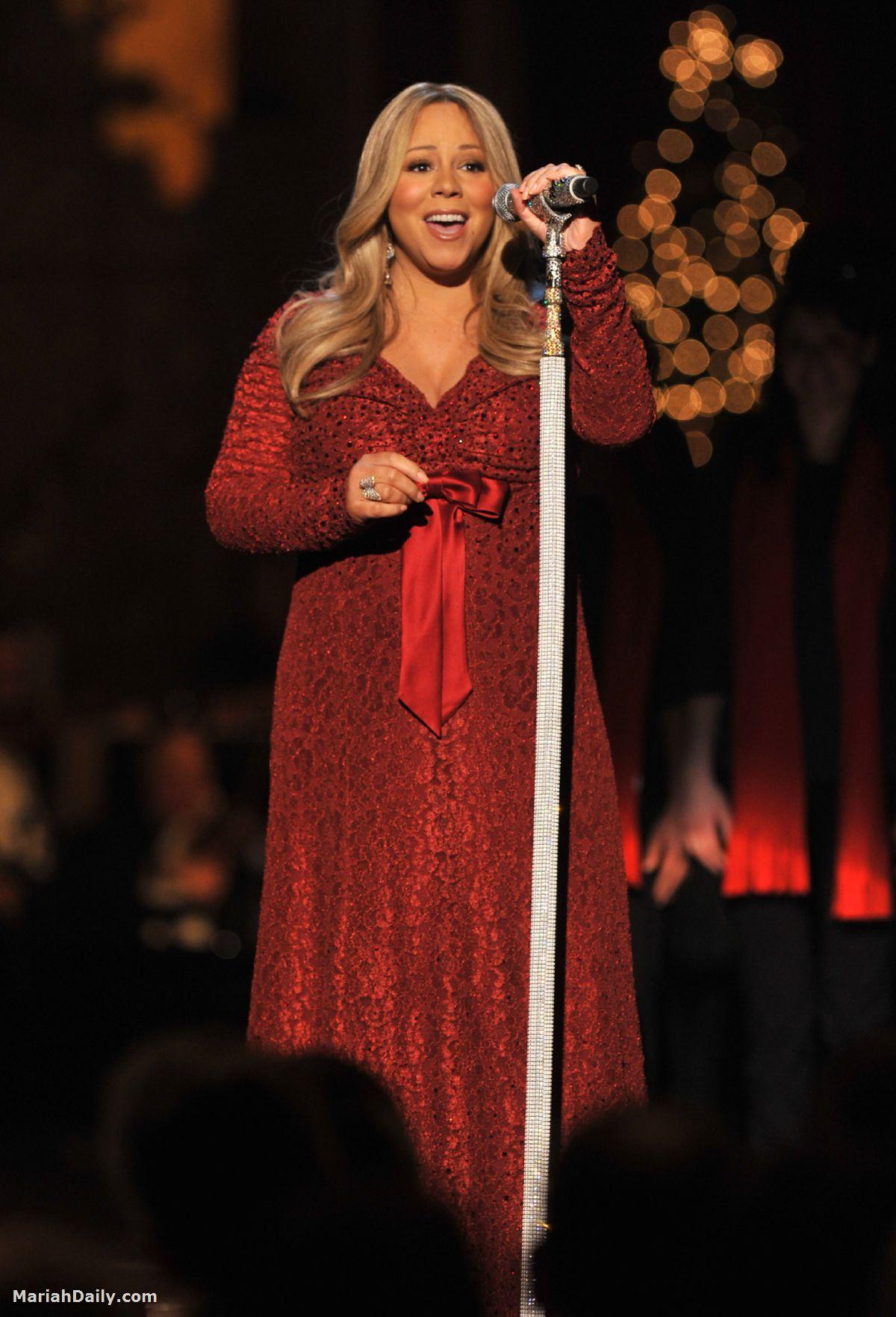 mariah51 Hot Shots: Mariah, Maxwell & Others Perform In Washington