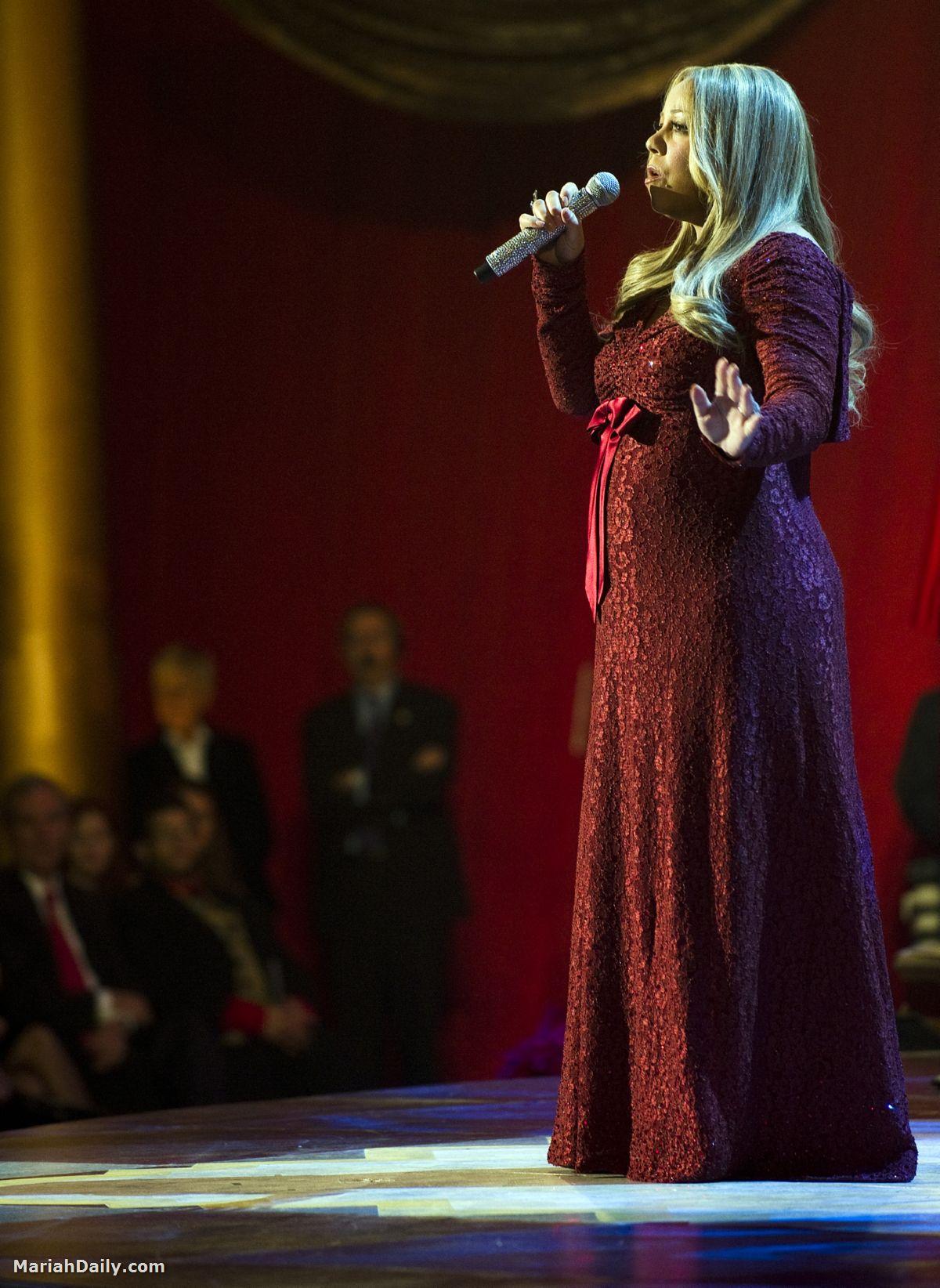 mariah7 Hot Shots: Mariah, Maxwell & Others Perform In Washington
