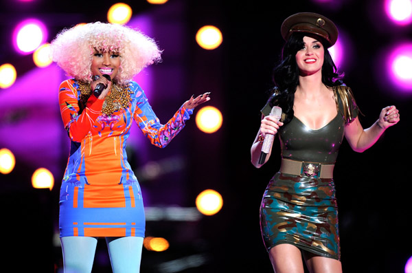 nicki65 Hot Shots: VH1 Divas 2010: Salute The Troops / Show