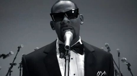 Video: R. Kelly Performs On Jimmy Fallon Show (A Must-See)