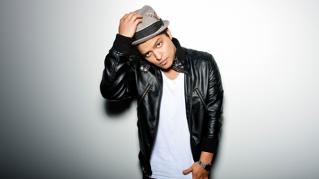 Bruno Mars Covers Katy Perry's 'California Gurls'
