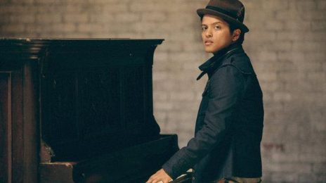 Bruno Mars Wows Fans At iTunes Festival