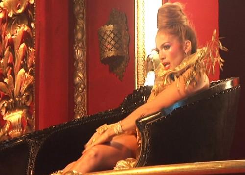 jenniferlopezfloor2 e1295912890586 Behind The Scenes: Jennifer Lopezs On The Floor Video